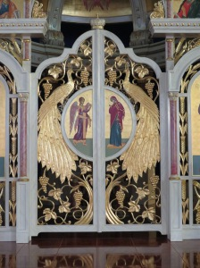 044 Closeup view of Royal Doors - Annunciation
