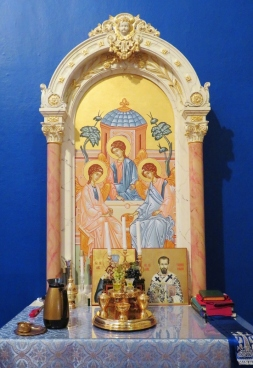 Church Interior 014 - Side altar - Holy Trinity Icon