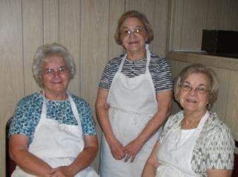 2015 Aug 2 Flea Market Kitchen help (800x595)