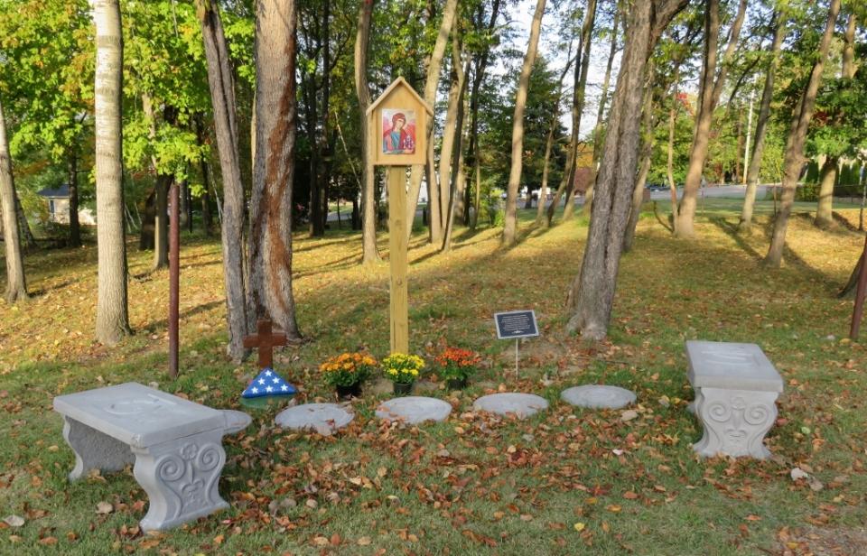 duryea-cemetery-2-011-1024x658