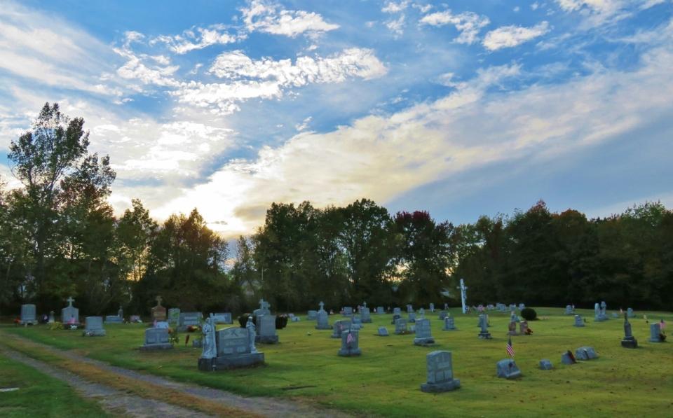 duryea-cemetery-2-037-copy-1280x796